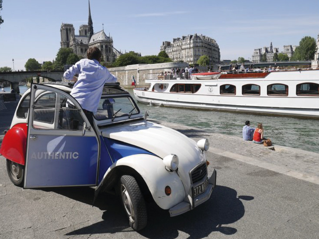 Paris 2CV tour + Cruise